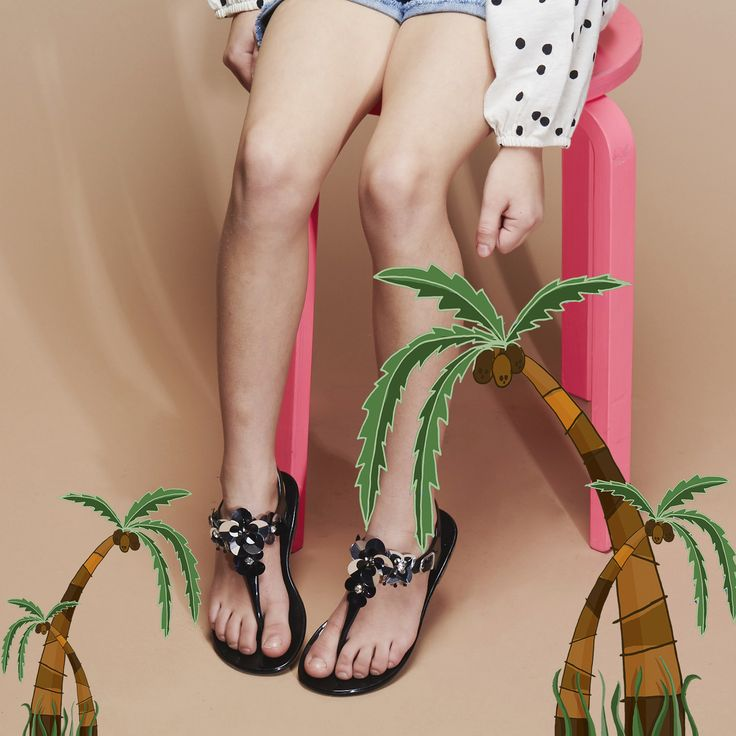 Kids - Girls Sandals from Kurt Geiger. Black sandals with embellishments