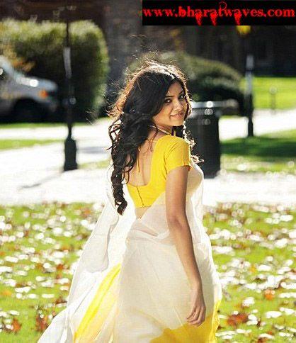 Ye-Maya-Chesave-heroine-Samantha-telugu-actress-01