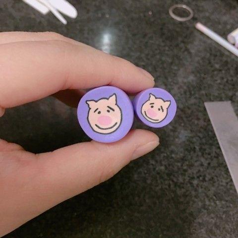 [폴리머클레이] 귀여운 돼지 케인 단추  : 네이버 블로그  Polymer clay piggy cane buttons