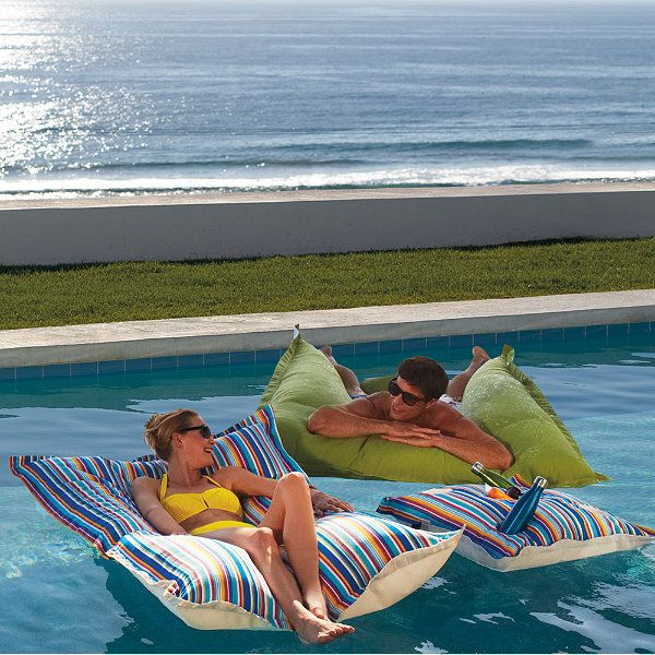 Order:  Drink Caddy - Tamale; King Kai - Pacific Blue (can use on daybed); Kai - Aruba [Luxe Edition Kai Floats]