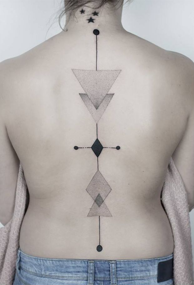 #tattoofriday - Jabuk Nowicz: tatuagens minimalistas, linhas finas e pontilhismo - geométrica;
