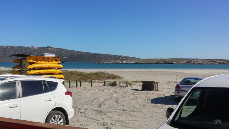 Beautiful day in Langebaan yesterday! What better way to enjoy the view than from Pearly's restaurant, right at the edge of the lagoon... #capetownvolunteer 