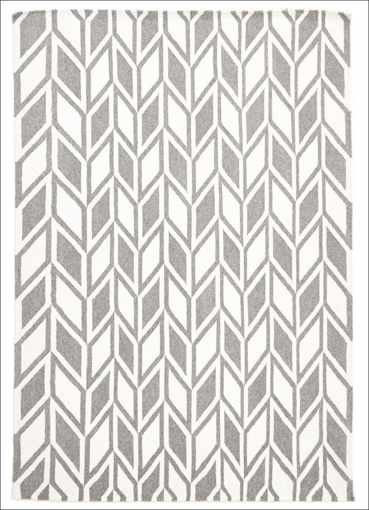 Create a beautiful finish to any area of your home with this gorgeous contemporary patterned wool flatweave rug. Buy now from Rugs of Beauty. https://www.rugsofbeauty.com.au/collections/flatweave/products/aria-grey-modern-flat-weave-rug