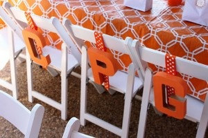 and would make a great take home favor.Kids Parties, Kids Chairs, Birthday Parties, Chairs Monograms, Parties Ideas, Tables Linens, Orange Tables, Birthday Kids, Birthday Ideas