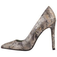 #fashion #stiletto #love on www.shoppingromania.com