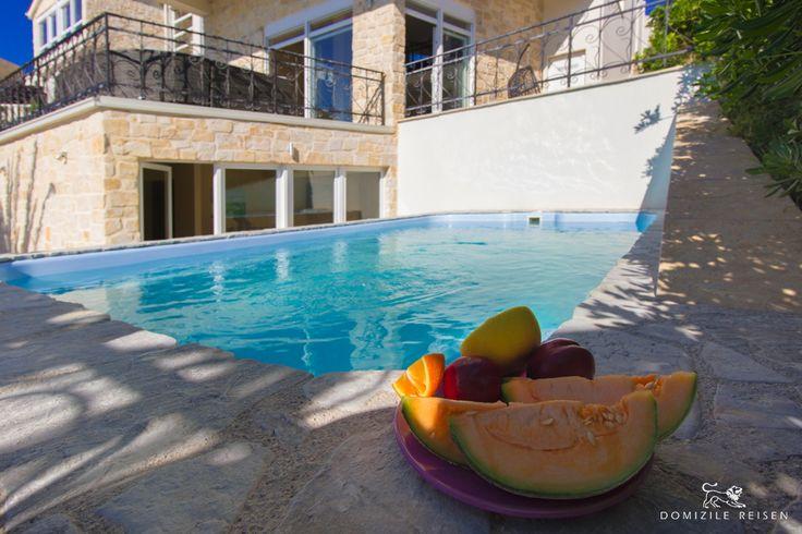22 besten luxury villas by the sea bilder auf pinterest luxus villa villen und kroatien dalmatien. Black Bedroom Furniture Sets. Home Design Ideas