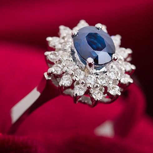 Inel cu safir si diamante B936