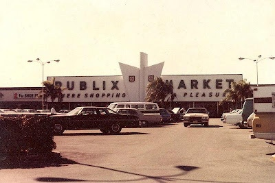 """winged"" Publix stores"