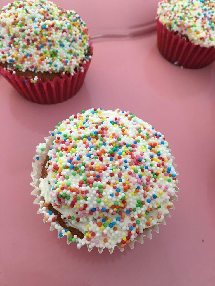 Discodip cupcake
