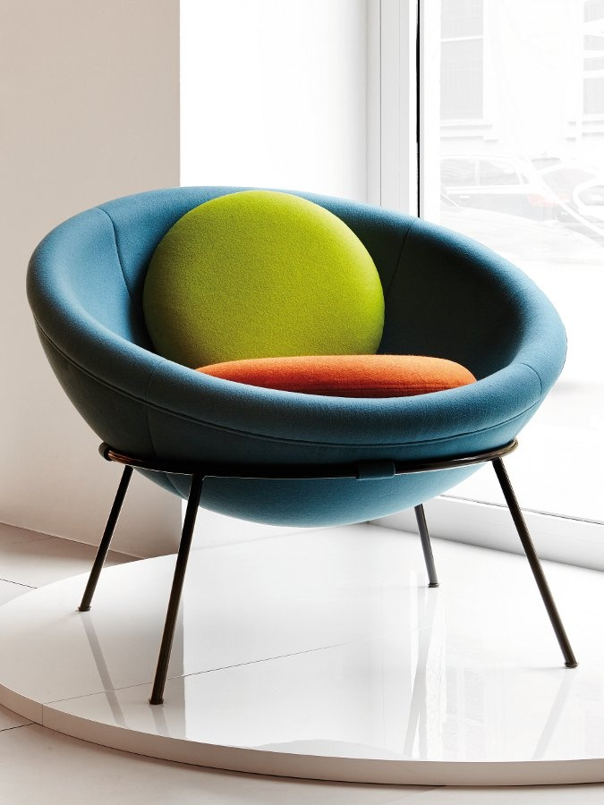 Arper interprets the #design of Lina Bo Bardi's Bowl Chair #colour @Arper