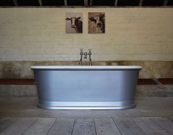 STUNNING BURLINGTON FREESTANDING ROLL TOP LONDON ROUND SILVER LUSTRE BATH