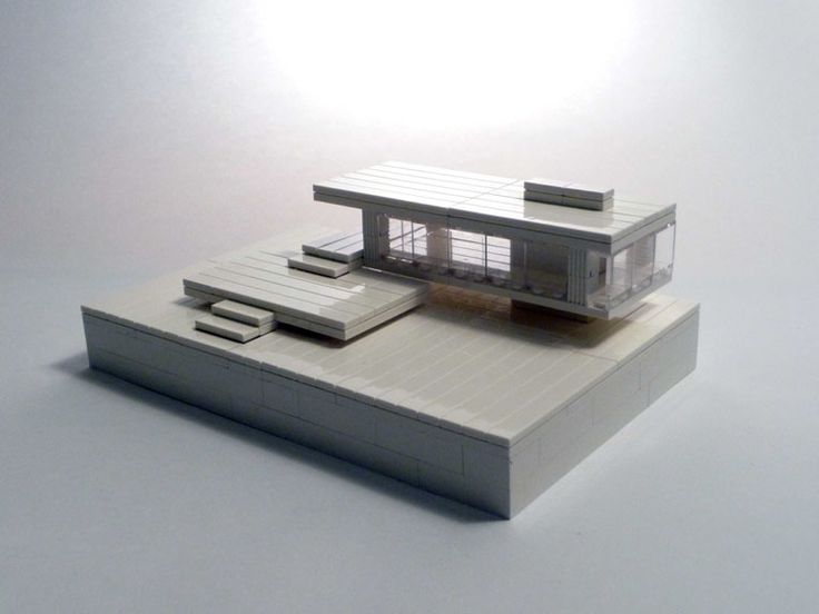 Great small scale Farnsworth house.  LEGO model by Michael Hepp.