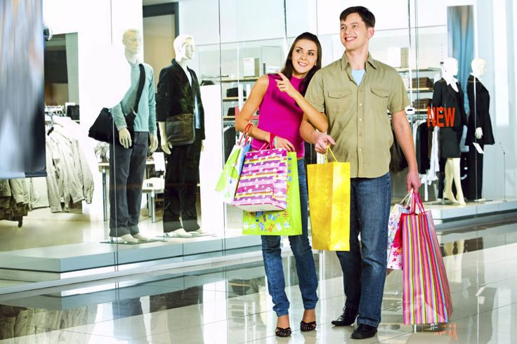 Online eCommerce – Why the malls are closing in America?  Not long back malls were the place where everyone will spend their time shopping. People will spend their weekend in the malls browsing the stores, shopping and eating in the food courts.
