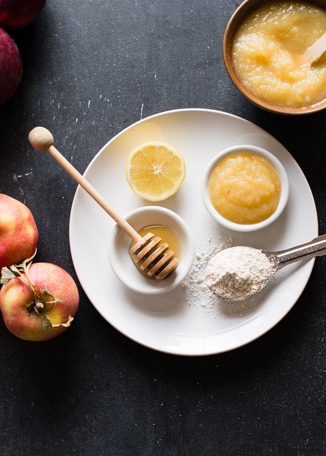 EXFOLIATING APPLESAUCE MASK 2 tablespoons organic, preservative free applesauce 1 tablespoon ground oats 1 teaspoon honey 2 teaspoons lemon juice