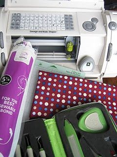 cutting fabric with cricut. This 1 works