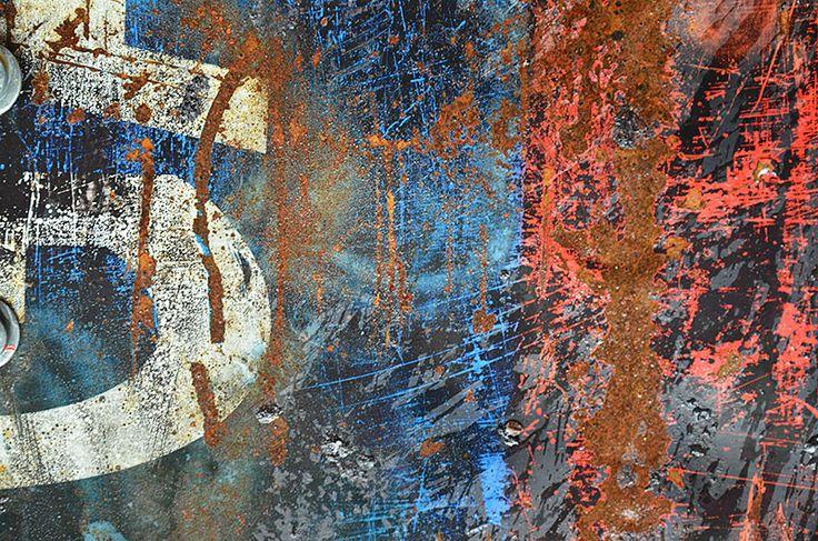 Rust and Patina Photos : 013.photo detail iron drum
