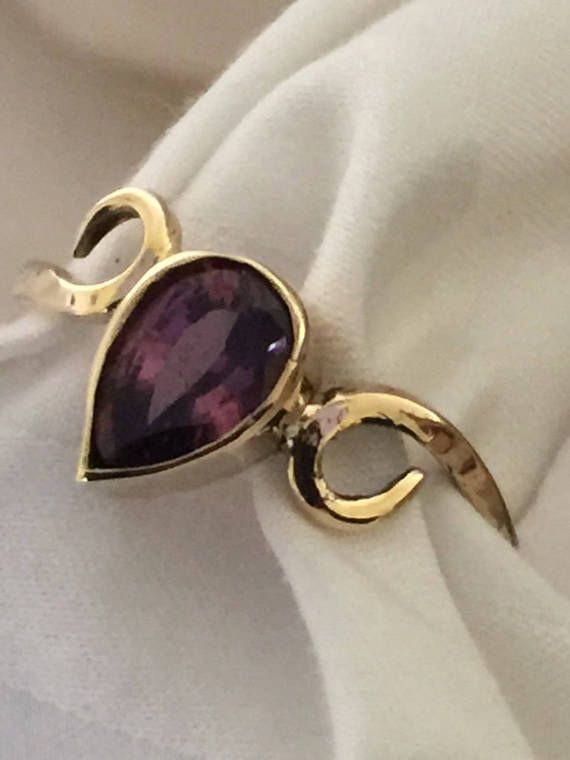 Spinel and gold ring. by Belenijewellery on Etsy