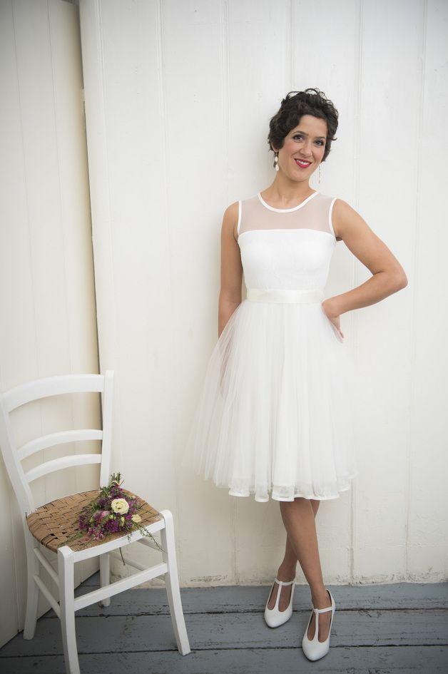 31 best Brautkleid Sixties images on Pinterest | Homecoming dresses ...