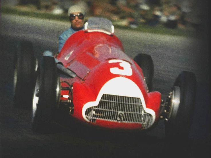 #3 Luigi Fagioli (Ita) - Alfa Romeo 158 (Alfa Romeo 8S) 2 (2) Alfa Corse / SA Alfa Romeo