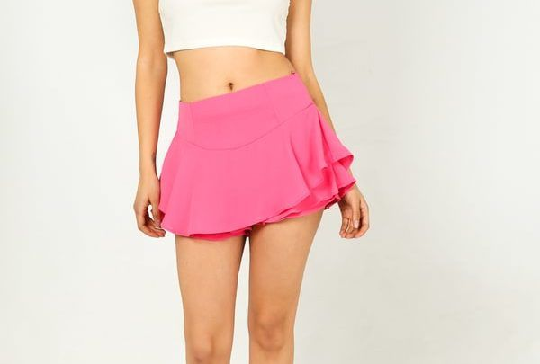 The Frilled Short: Top Tips on What to Look for When Buying This Style