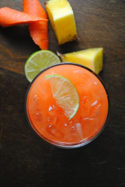 1 lb carrots – washed, peeled and diced  2 cups diced pineapple  Juice from 2 limes  2 cups water
