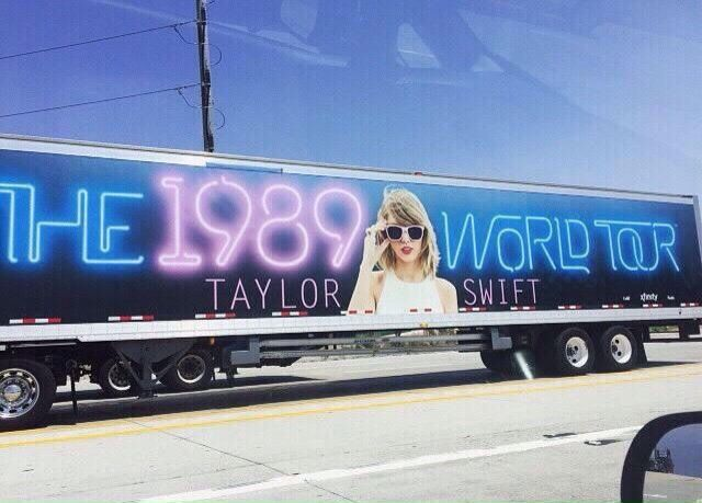 8 best taylor swift tour bus photos images on Pinterest