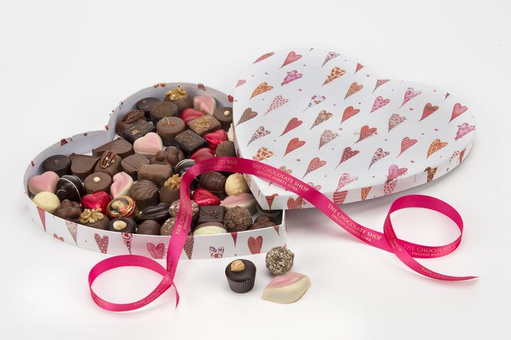 Chocolate for saying Merry Christmas – Celebrate this Christmas by sending chocolates to India. IndianGiftsAdda providing same day Christmas chocolate hampers delivery in India #Send_Christmas_chocolates_to_india, #Christmas_chocolates_delivery_in_india, #Christmas_chocolates_online, #online_Christmas_chocolates_delivery_in_india, #same_day_chocolates_delivery_in_india