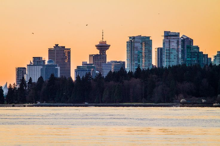 Vancouver // Sunrise over downtown Vancouver from Ambleside Park in West Vancouver // Image by Ray Urner // www.rayurner.com