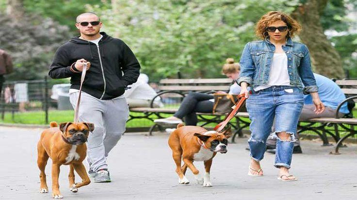 Jennifer Lopez, Bear ve Rocky isimli boxer cinsi iki köpeğini limuzinle hayvan SPA merkezine gönderdi. Detaylar ajanimo.com'da.. #ajanimo #ajanbrian