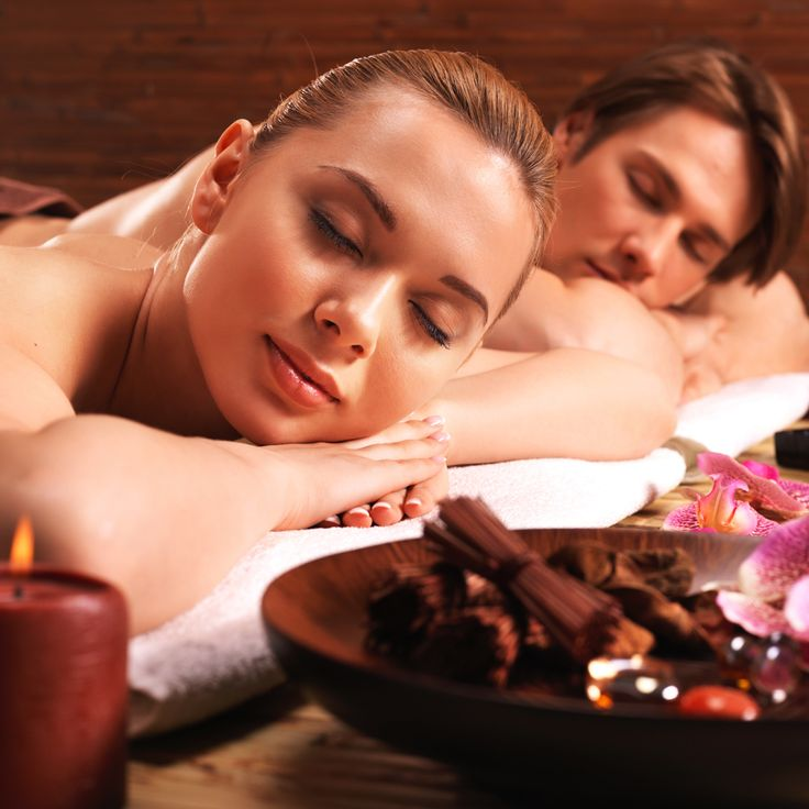 Revitalising Chocolate Romance at Spa Athénée: a deeply soothing + exquisitely sequenced spa journey featuring the sensorial healing powers of cacao beans – the super food ingredient used to make chocolate that also happens to be very good for you in many different ways.  แพคเก็จ สปา ช็อกโกแลต ให้บริการในห้องสปาสวีทเพื่อความเป็นส่วนตัว แพคเก็จ 180 นาที ใช้ผลิตภัณฑ์กลิ่นช็อกโกแลต ซึ่งมีคุณสมบัติให้ผู้รับอารมณ์ดี รู้สึกผ่อนคลาย และสงบ