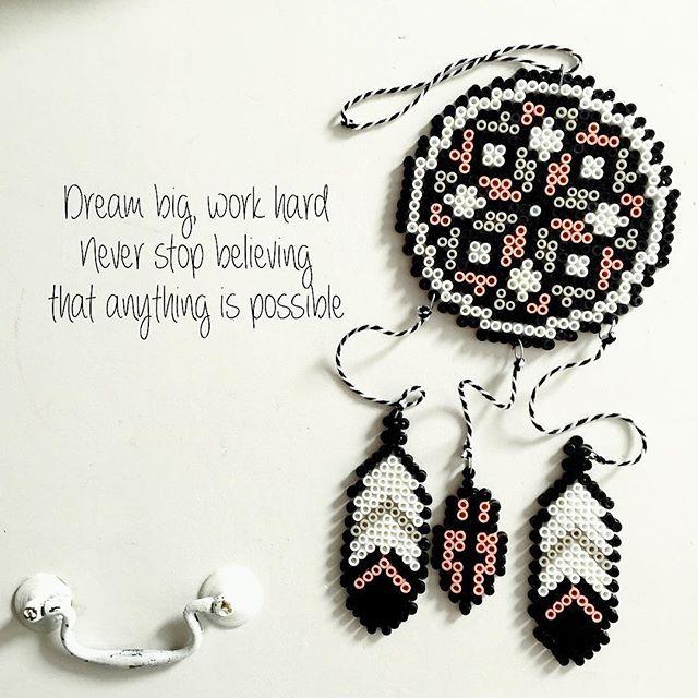 Dreamcatcher hama beads by  slakkenpost_van_jazz