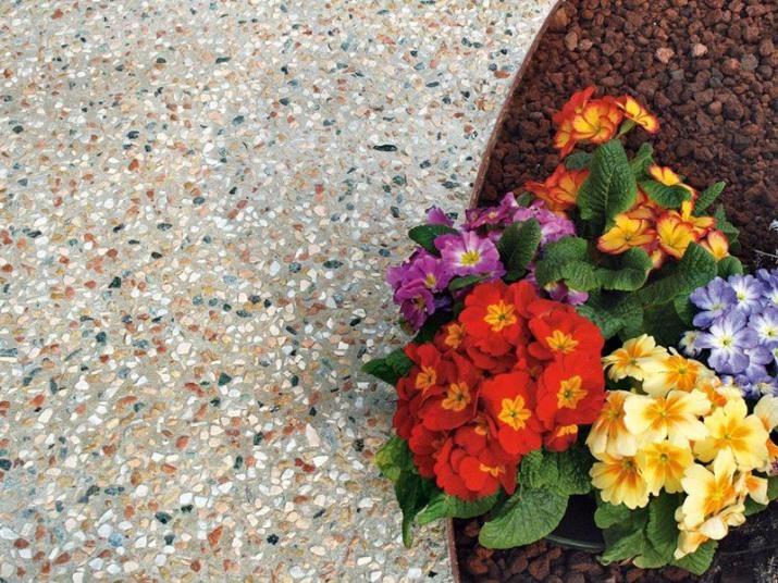 Kamenný koberec Sassoitalia na zahrady a terasy. / Stone carpet Sassoitalia for gardens and terraces. http://www.bocapraha.cz/cs/produkt/1059/sassoitalia/