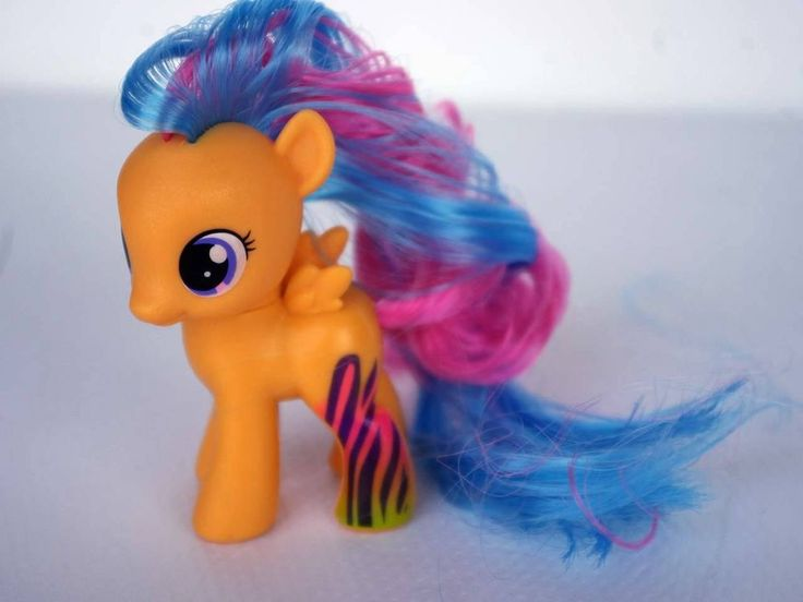Hasbro My Little Pony Friendship Is Magic Baby Pony Rainbowfied Scootaloo BIN