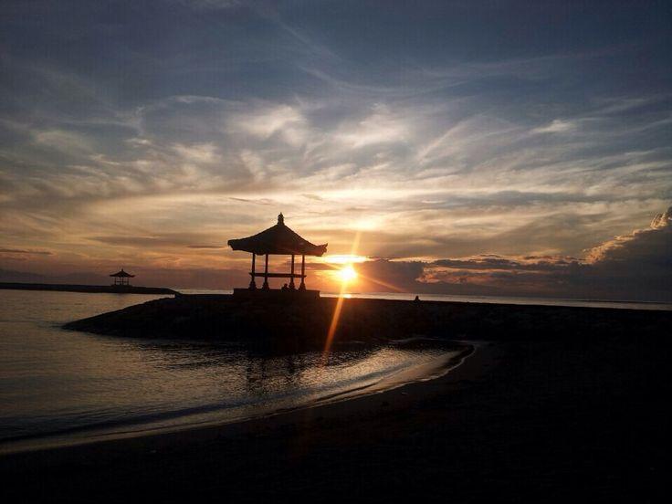 Pantai Sanur (Sanur Beach) in Denpasar, Bali