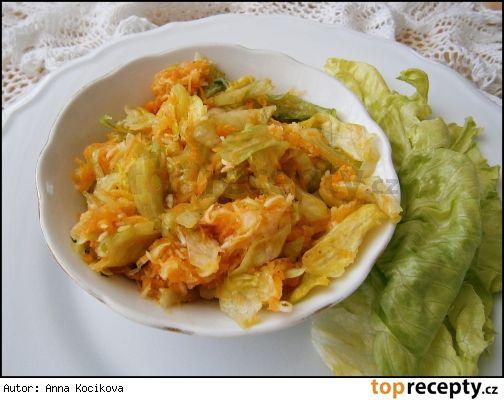 Osvěžující zeleninový salát s balzamikovým krémem