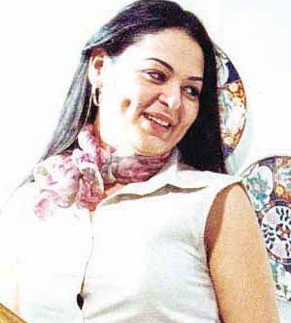 نيفين مندور Neveen Mandour Women Women S Top Fashion