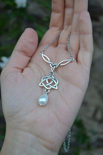 Wikinger & Keltischer Schmuck - Keltische Braut Perlenkette inspiriert Outlander - ein Designerstück von ValkyriesSong bei DaWanda