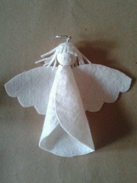 Klein engeltje van vilt