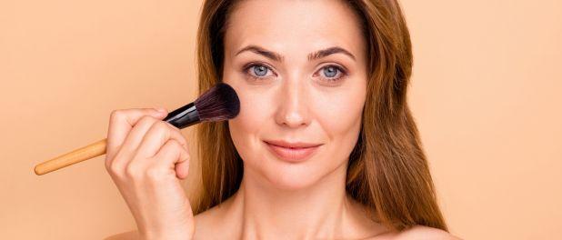 Beleza em qualquer idade! Especialista ensina truques para uma maquiagem perfeita   – maquiagens
