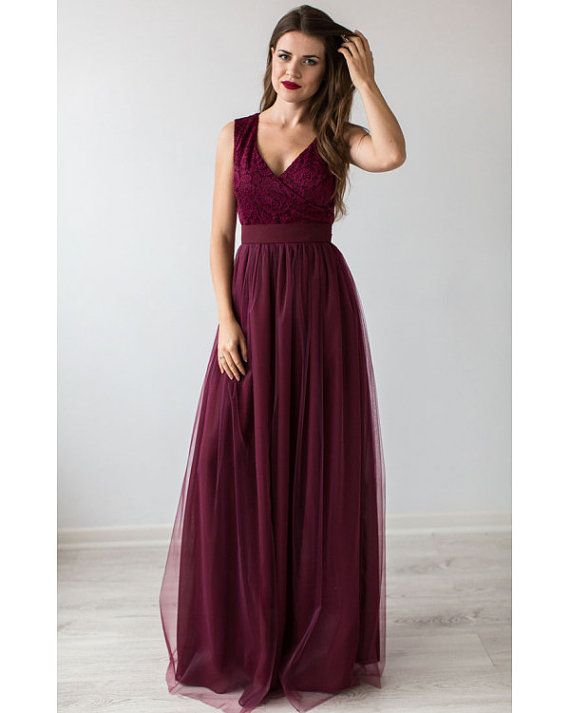 Spectacular evening dress Marsala . Lace bodice with V-neckline enhances the chest. Easily airy chiffon skirt has tulle which makes the dress and the silhouette in General, light and airy. Chiffon belt at the waist makes it a wasp in contrast with the voluminous skirt.  For more infinity dresses, click: https://www.etsy.com/ru/shop/Dioriss?ref=l2-shop-info-name&section_id=18306821  For more beautiful Bridesmaid dress, click…