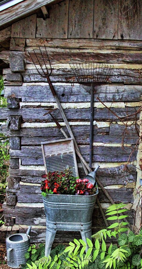 Rustic Garden. great look for my cabin