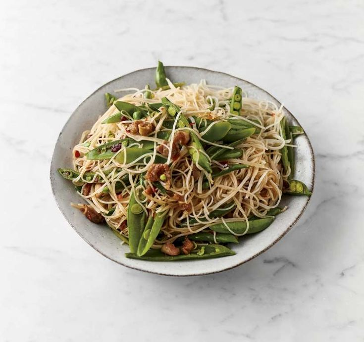 jamie oliver's 5ingredient sweet and sour chicken noodles