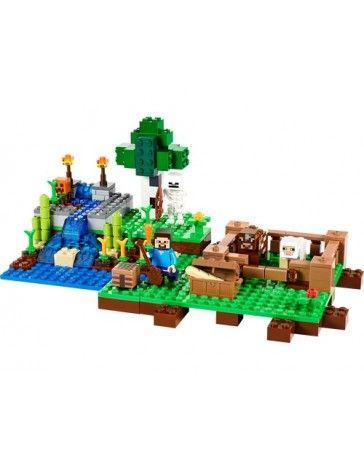 LEGO Minecraft – Die Farm Ziehe lebenswichtige Feldfrüchte und Nahrungsvorräte auf der Farm! Ernte nachwachsende Rohstoffe auf der Farm! Du brauchst Lebensmittel zum Überleben, also halte das Vieh von den Feldfrüchten fern und leite Wasser auf die Felder. Ernte Kürbisse, Weizen, Zuckerrohr und Karotten. Schnitze am Werktisch einen Kürbishelm oder eine Kürbislaterne. Aber nimm dich nach Einbruch der Dunkelheit in Acht vor dem Skelett mit Pfeil und Bogen! Baue weitere #LEGO #Minecraft…