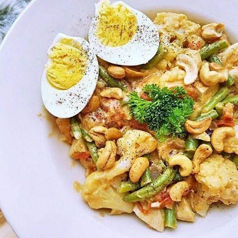 Recept: Bloemkool curry met kokos en cashewnoten