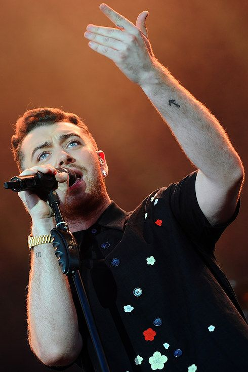 "Sam Smith's Cover Of Drake's ""Hotline Bling"" Is Everything"