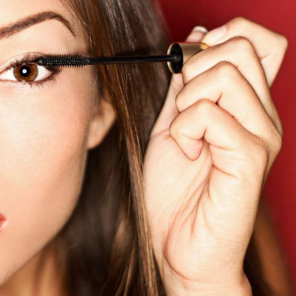 Maquiador ensina 20 truques para sair bem nas fotos; aprenda