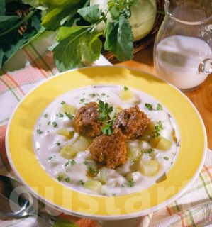 Receptek Lajos Mari konyhájából - Karalábéfőzelék húsgombóccal