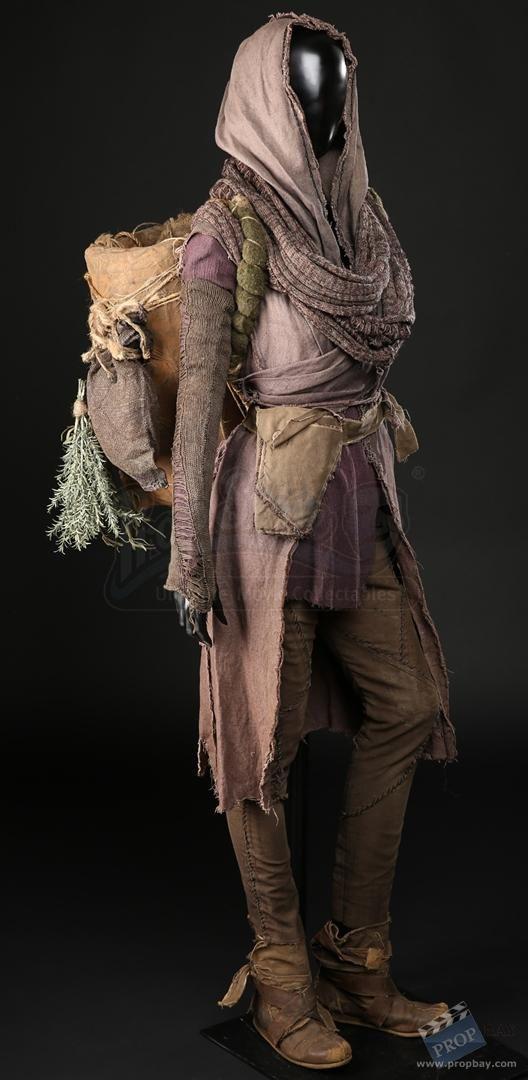 15373d1489861677-naameh-jennifer-connelly-costume-…