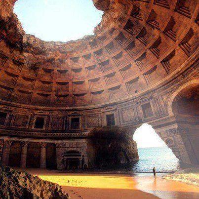 (grottes marines près de la plage de Benagil), Algarve, Portugal