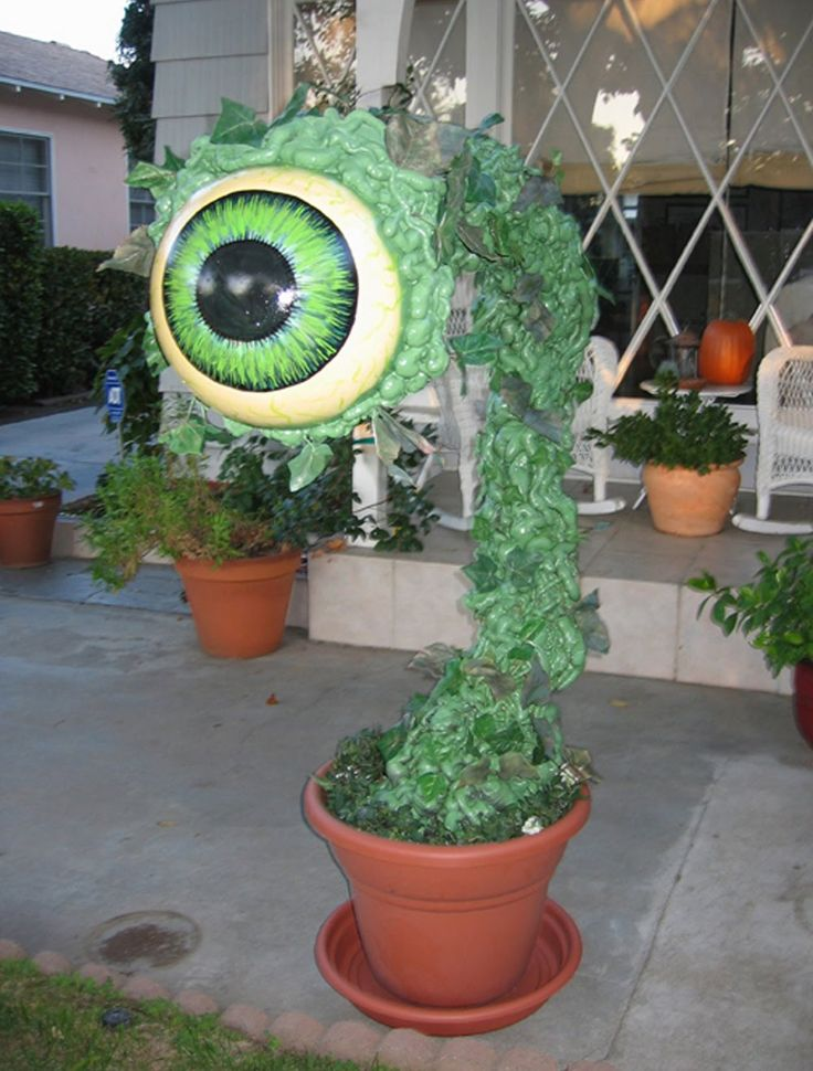 diy halloween prop could also turn this into little shop of horrors plant - Gory Halloween Decorations